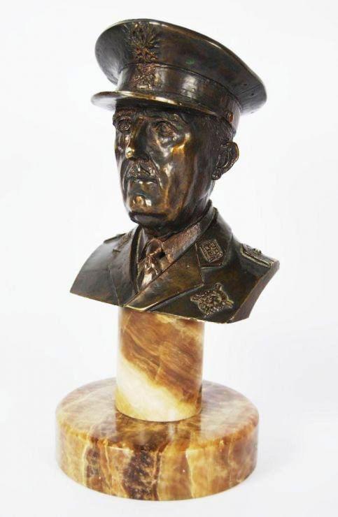 Busto de Franco en Bronce